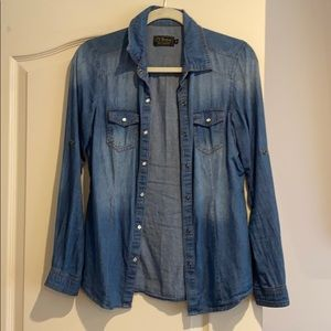 Jean shirt with snaps